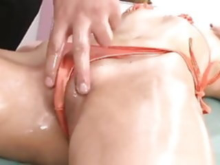 Japanese Girl Getting A Orgasmic Massage (UNcensored) sex toy japanese orgasm